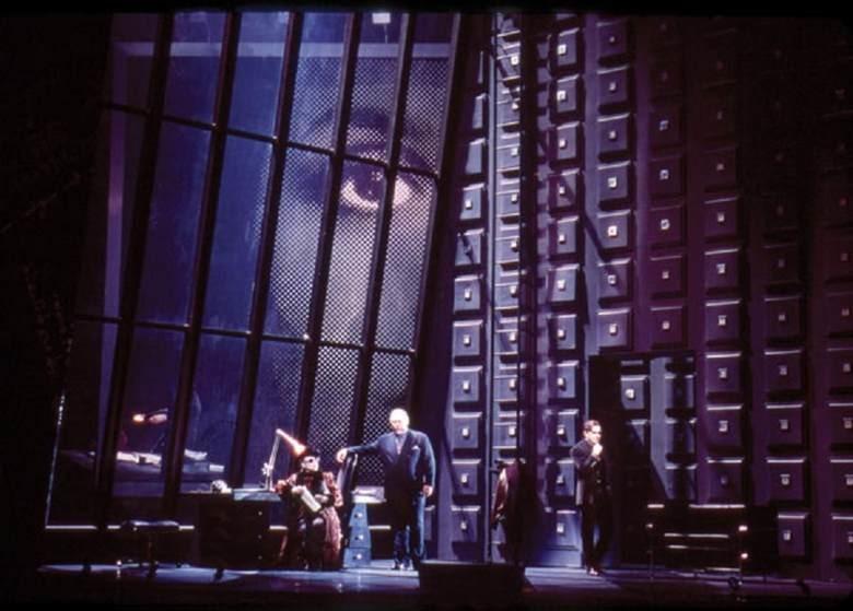 10. Ричард Версаль: 5 января 1996 года знаменитость, публика, смерть