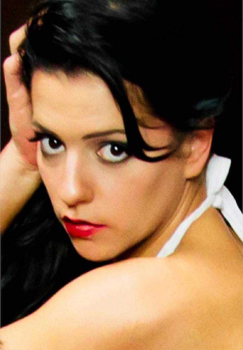 2. Сара Гийяр-Гийо: 29 июня 2013 года знаменитость, публика, смерть