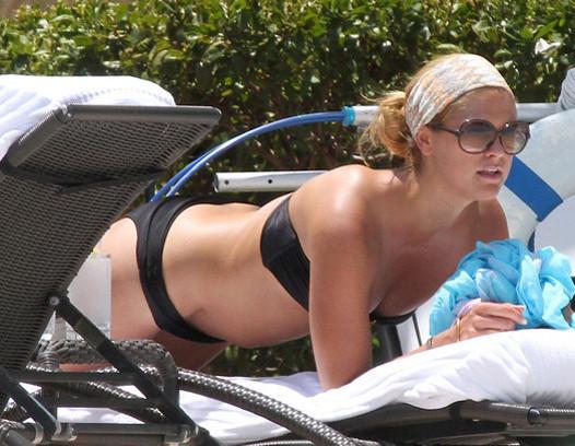 А здесь принцесса отдыхает на одном из пляжей Майами vip персоны, папарацци, пляж, снимки знаменитостей