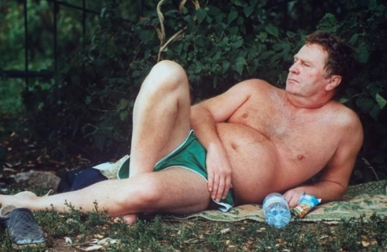 Владимир Вольфович даже с пластиковой бутылкой смахивает на римского императора vip персоны, папарацци, пляж, снимки знаменитостей