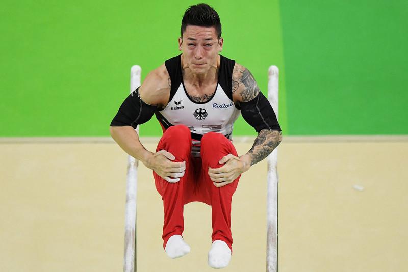 Лучшее лицо на брусьях. олимпиада, рио2016, спорт