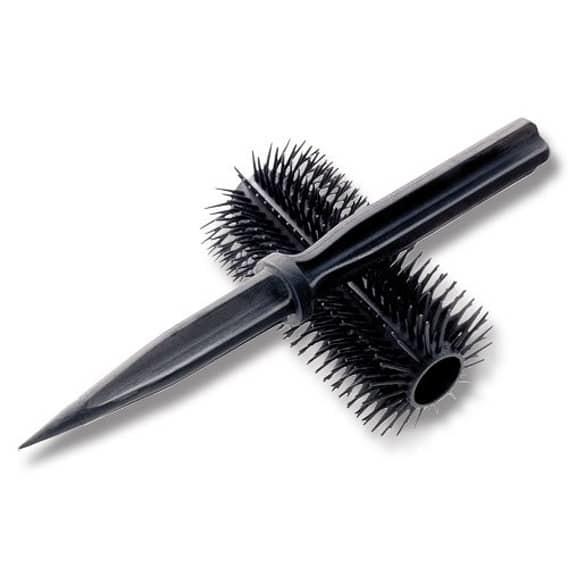 Стилет в щетке для волос женщины, оружие, самооборона