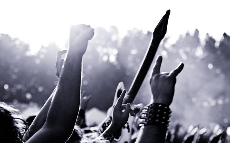 Порнозасветы в тяжелой музыке
