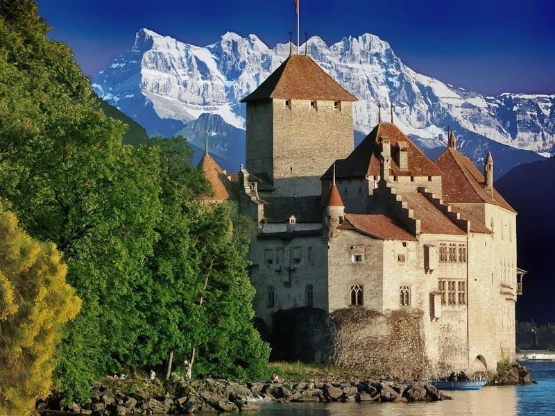 1. Шильонский замок (Швейцария) мир, психлечебница, тюрьма