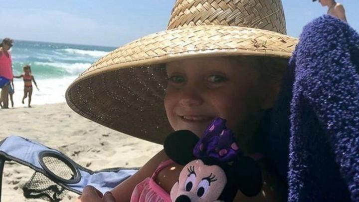 Таким образом Катрина отвезла Кайли в Сан-Диего, Калифорния, США, чтобы её дочь смогла увидеть океан и посетить Диснейленд, в она собирается встретить и познакомиться с каждой принцессой   дети, жизнь, слепота