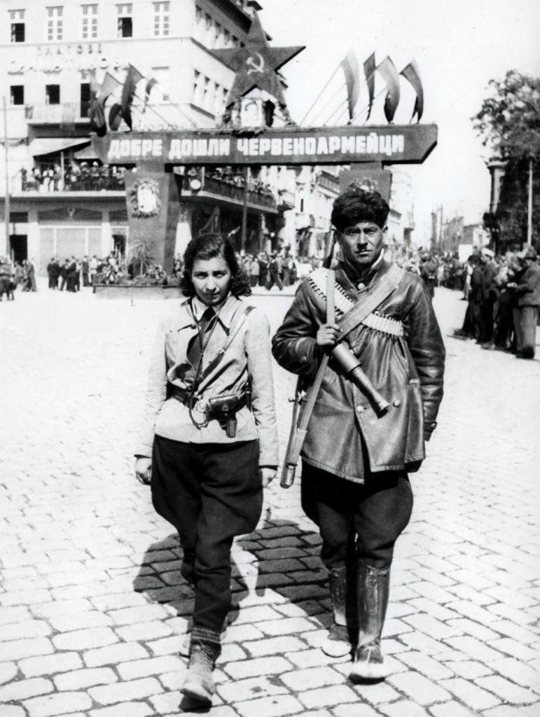 сращивать освобождение румынии в фото как все