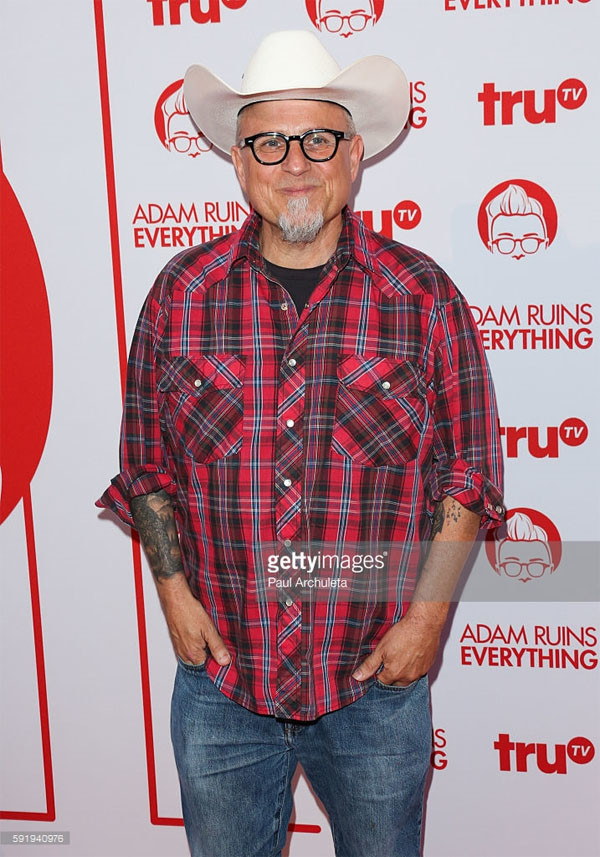 Bobcat Goldthwait attends the screening and reception for truTV's 'Adam Ruins Everything' at The Library at The Redbury on August 18, 2016 in Hollywood, California. (Photo by Paul Archuleta/FilmMagic)  звезды, история, полицейская академия, факты