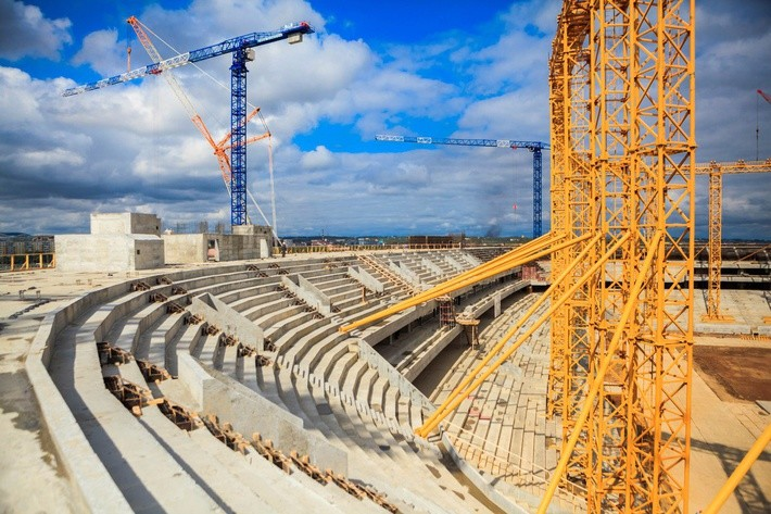 строящиеся стадионы россии фото областям