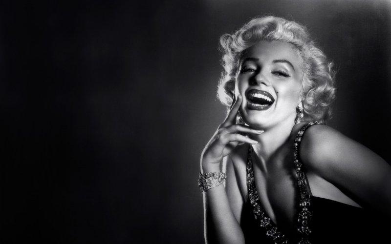 10 красивых, но актерски бездарных голливудских звезд  (11 фото) кино, фильм