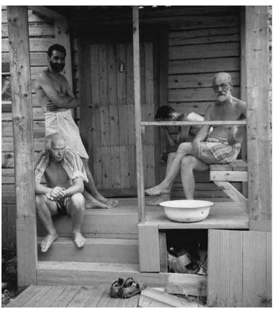 Зигмунд Фрейд и Карл Юнг отдыхают с друзьями после бани, 1907 год. было, история, фото