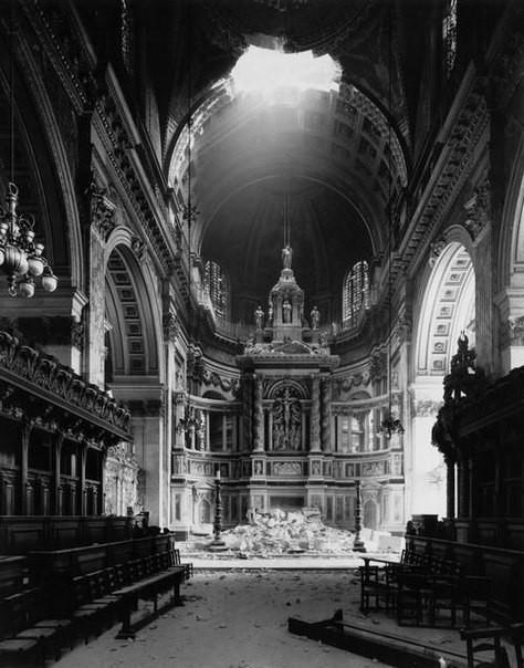Поврежденный собор Святого Павла было, история, фото