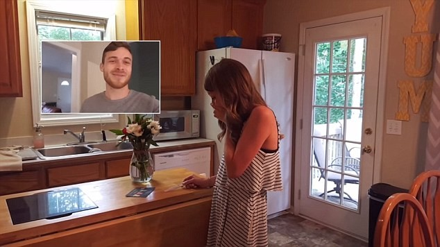 Жена сделала сюрприз мужу видео