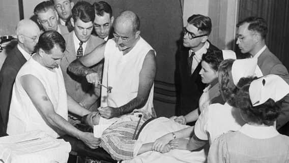 Пытаясь лечить лоботомией, врачи превращали пациентов в овощи врачи, жестокое обращение с пациентами, психи, психиатрическая больница