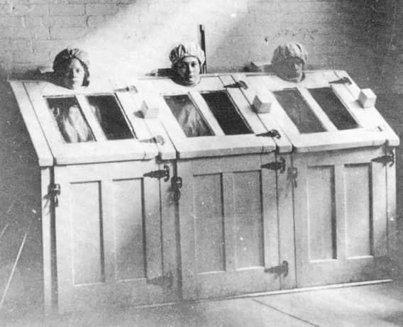 Парные кабины тоже считались успокоительным средством врачи, жестокое обращение с пациентами, психи, психиатрическая больница