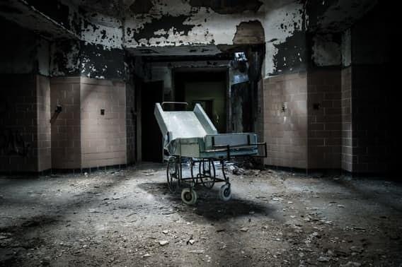 Заброшенные психбольницы сегодня - объекты для мрачных экскурсий врачи, жестокое обращение с пациентами, психи, психиатрическая больница