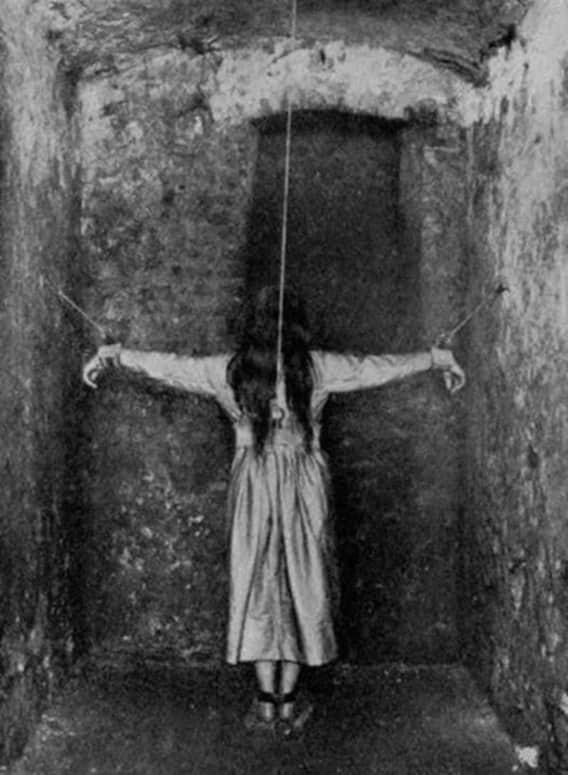 Ограничения свободы были гораздо сильнее, чем сейчас врачи, жестокое обращение с пациентами, психи, психиатрическая больница