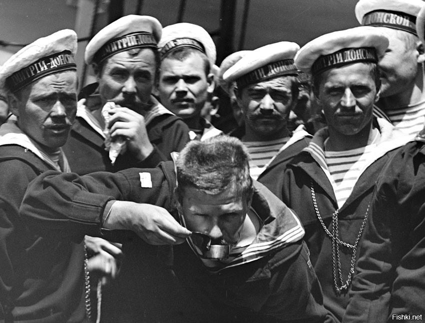 зонирование, черно белые фото моряков современной российской армии