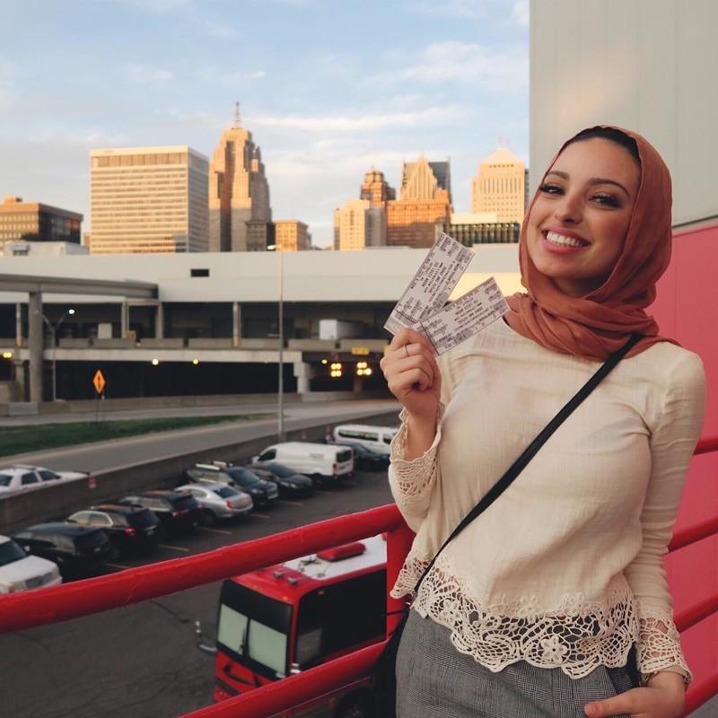 Мусульманка сочла за честь сфотографироваться для Playboy playboy, в мире, люди, хиджаб