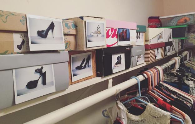 3. Наклейте на коробки с обувью фотографии находящихся в них пар, чтобы их было проще найти гардероб, одежда, советы, хитрости