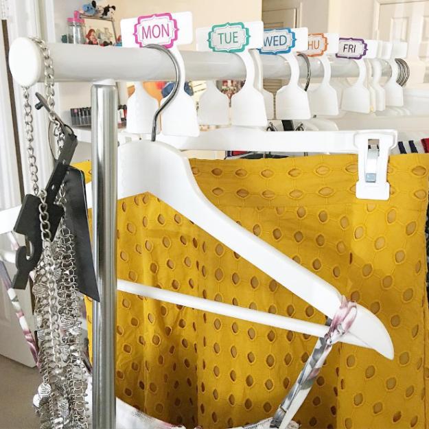 5. Если место позволяет, можно планировать и вешать наряды на всю неделю гардероб, одежда, советы, хитрости