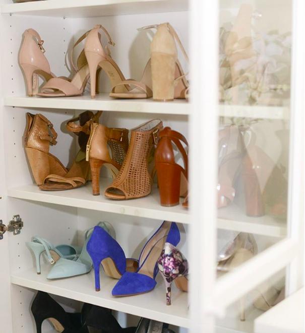 10. Если лень, то сойдет и книжный шкаф гардероб, одежда, советы, хитрости