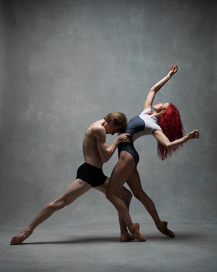 люди в танце фото выборе