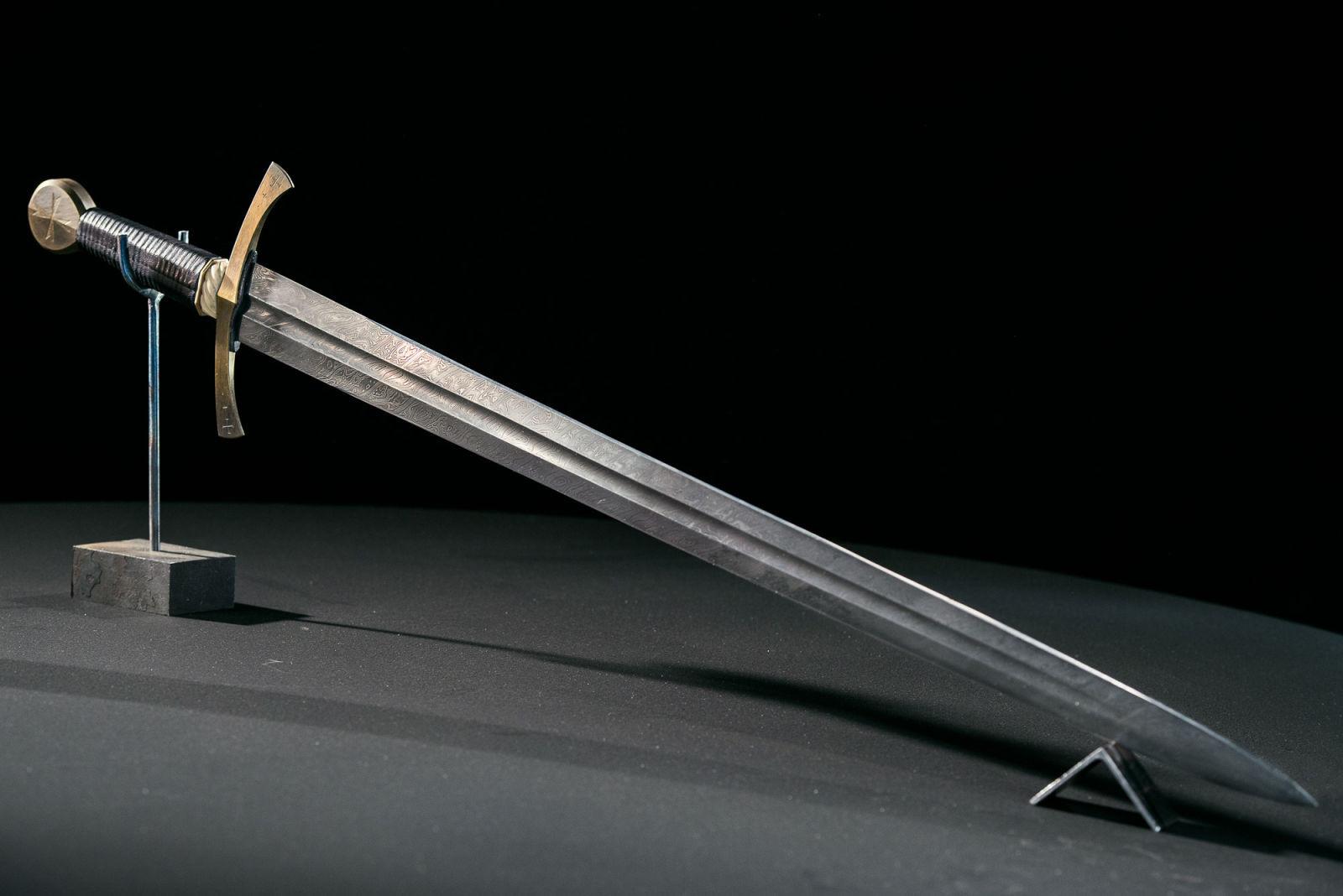 меч шеркон фото возражала против объективов