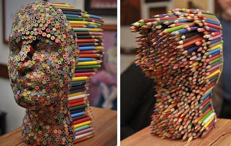 Большие попы в карандашах