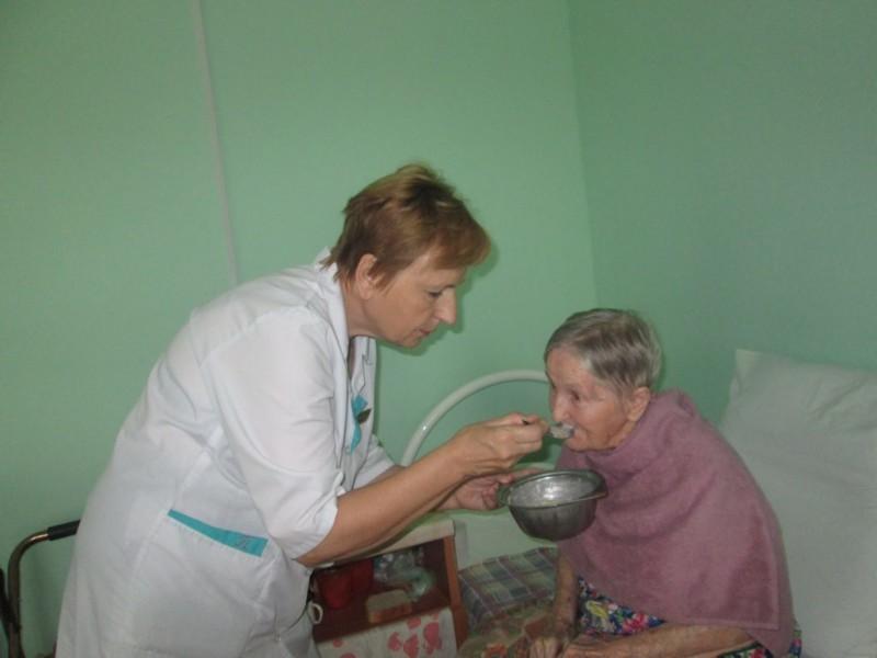 Как кормят в доме престарелых дом интернат для престарелых и инвалидов хабаровск