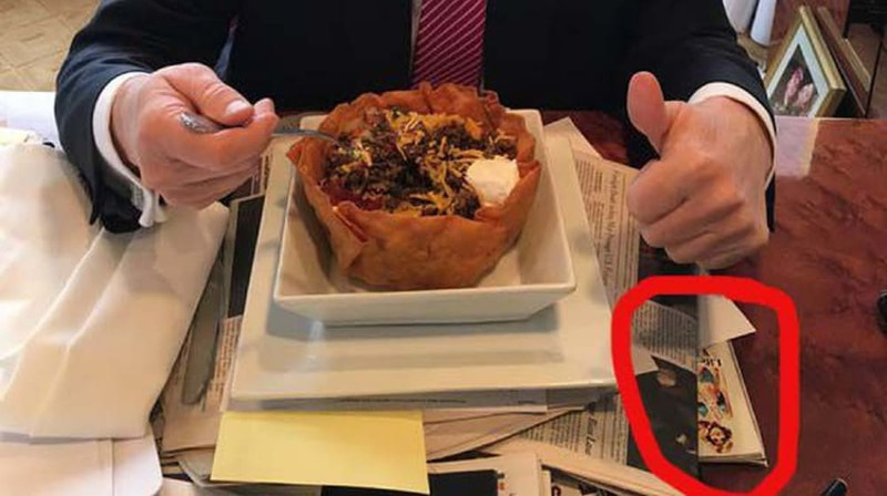 9.  Trump Uses Photo Of Ex As Placemat Дональд Трамп, компромат