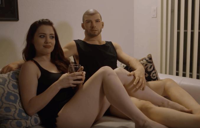 Секс с силиконовым мужчиной