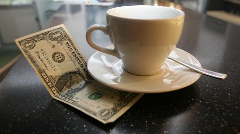 Почему я должна давать чаевые швейцару, носильщику, горничной, консьержу и так далее? жизнь, истории, чаевые