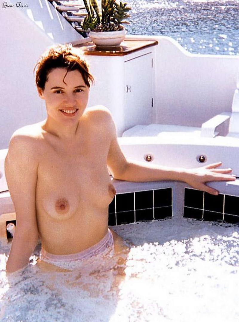 Geena davis topless hot scene