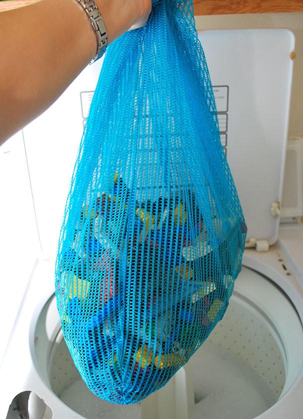 Так можно легко вымыть сразу все детали детского LEGO в стиральной машине воспитание, дети, советы, хитрости
