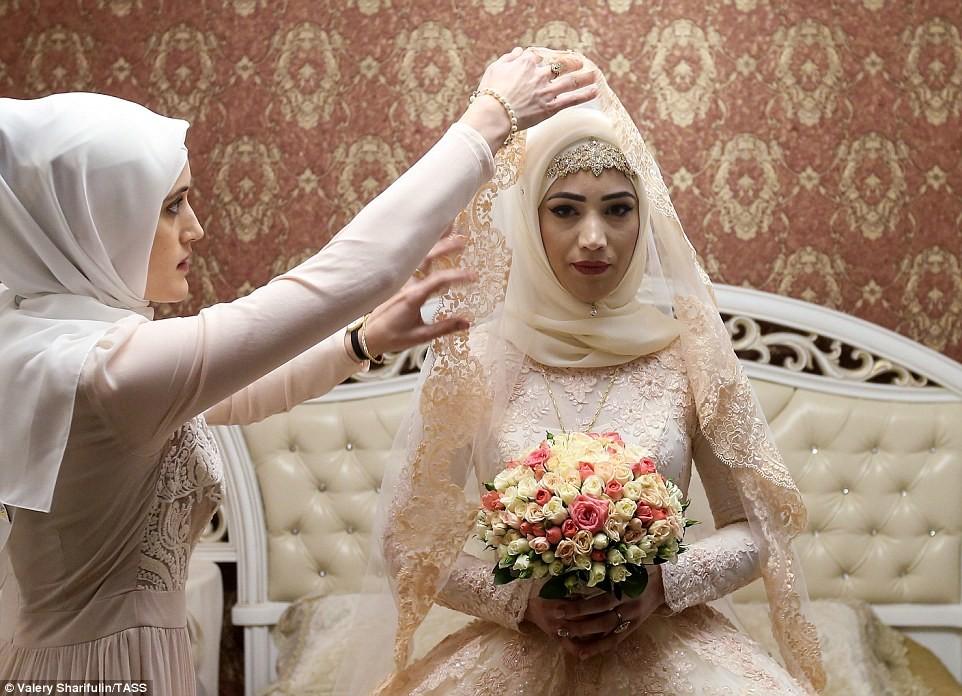 порно невеста перед свадьбой фото