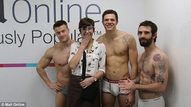Гей мальчики развлекаются-смотреть онлайн
