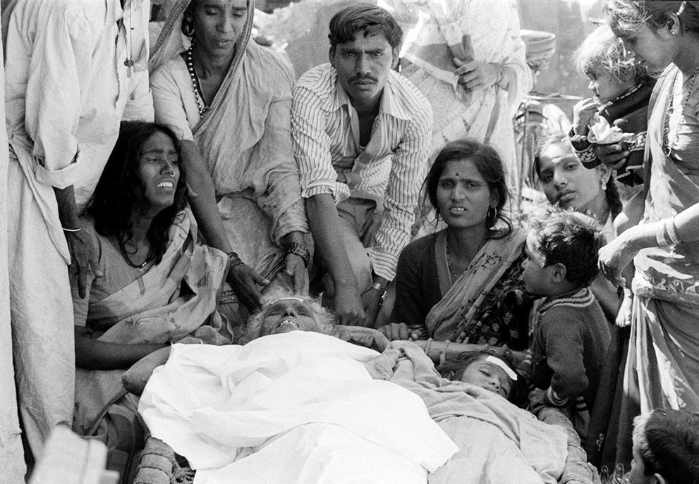 the bhopal disaster Indra sinha, who was booker-nominated for his book on the bhopal disaster, explains why the gas leak that killed 20,000 people 25 years ago - and continues to create health problems for.