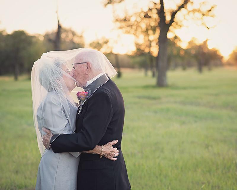 Пожилая пара и девушка смотреть онлайн — img 14