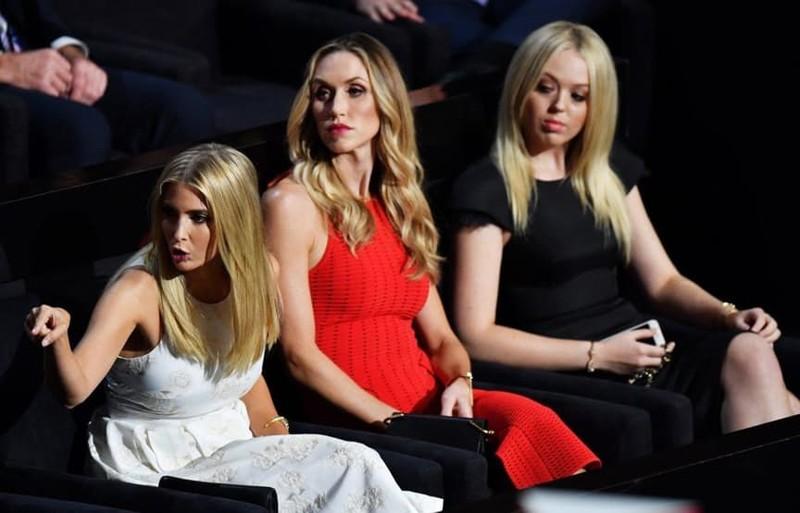 2. Хорошие девочки тоже бывают стервами Иванка Трамп, Трамп, богатые и знаменитые