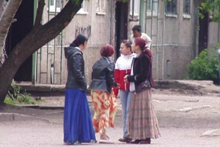 Цыгани ру эро фото девушки попками видео