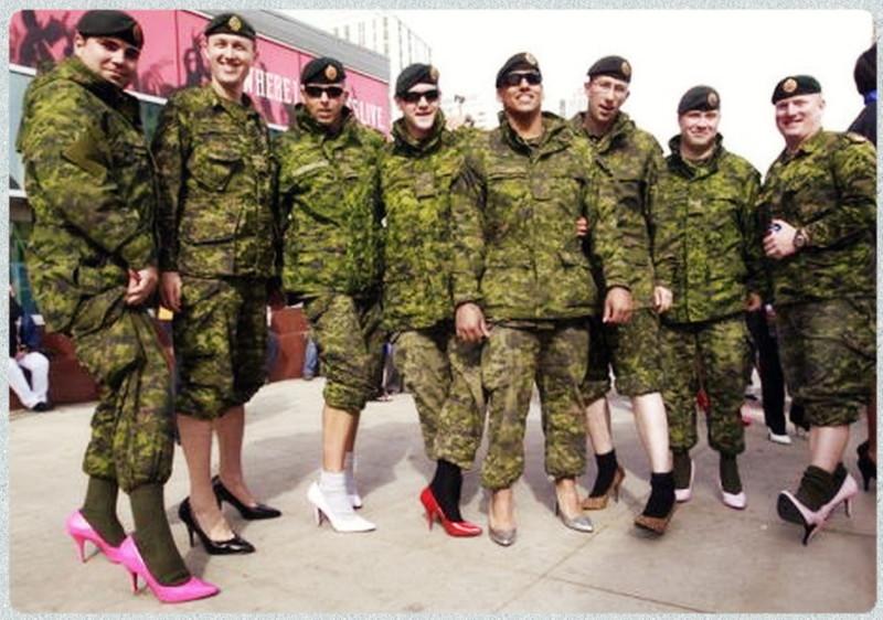 В армии гей