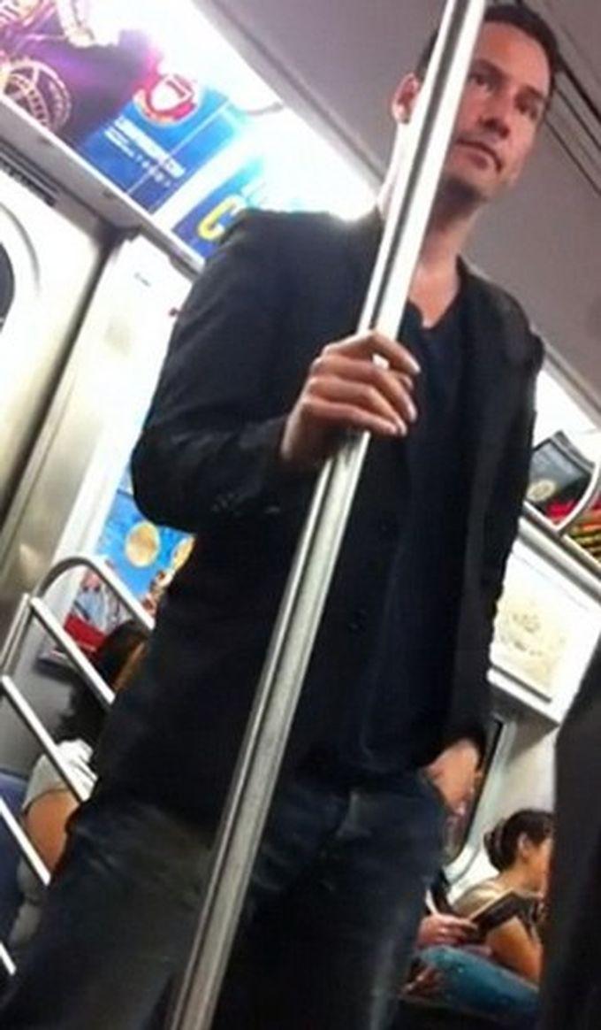 40 звёзд, на которых вы можете натолкнуться в метро знаменитости, метро
