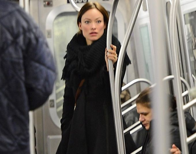 Оливия Уайлд знаменитости, метро