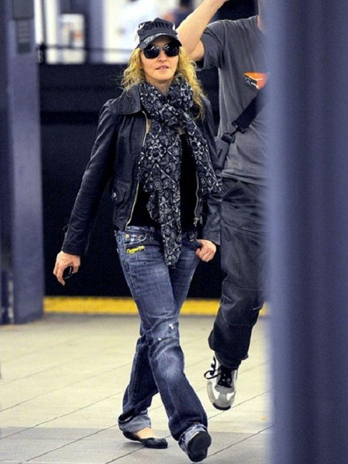 Мадонна знаменитости, метро