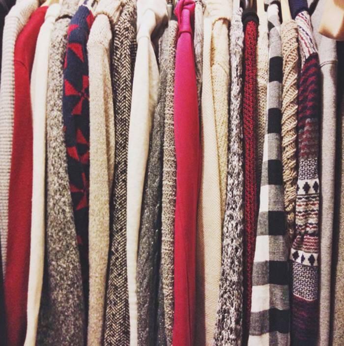 Одевайтесь несколькими легкими слоями, а не одним толстым слоем канада, совет, хитрость