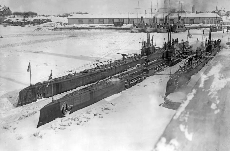 1916. Русские подводные лодки «Барс» и «Волк». интересно, история, фото