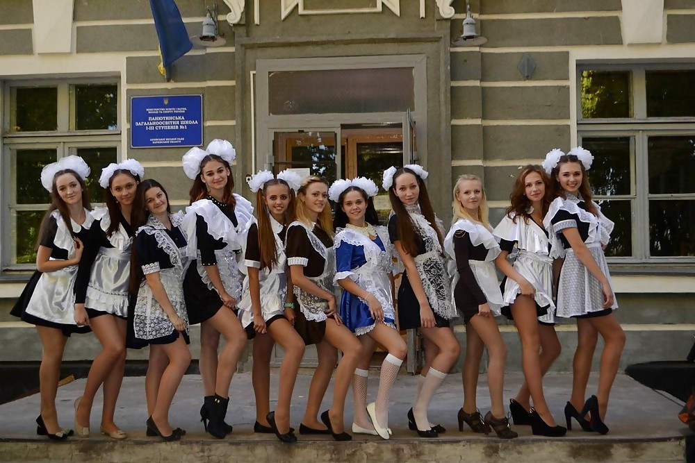 sexy-russian-schoolgirl-free-young-girls-in-pantyhose