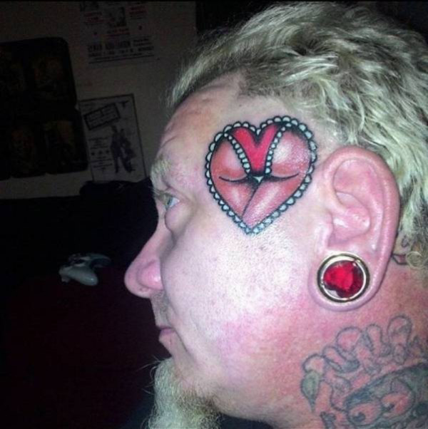 фото тату сердце на лице была востребована