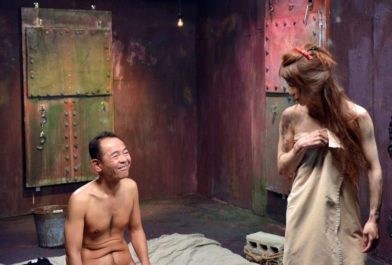Фото писающих лучшие порно фильмы япония большим огурцом