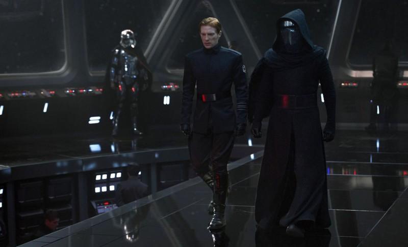 3. Звёздные войны: Пробуждение силы (2015) - $1 762 743 529. кино, самые кассовые фильмы, сборы, фильмы